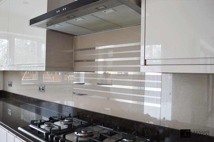 Antelope Striped Mirror Splashback (Project 1)