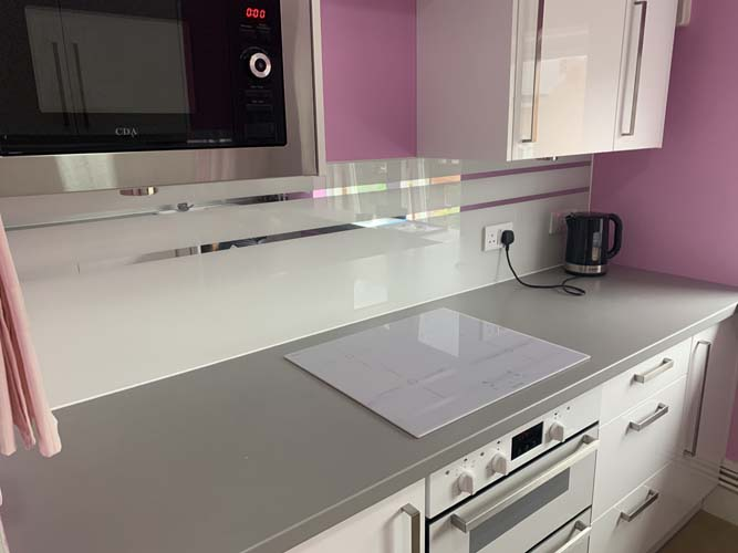 Grey Striped Mirror Splashback (Project 2)