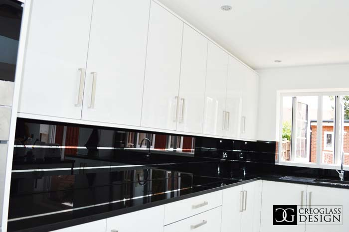 Jet Black Striped Mirror Splashback (Project 1)