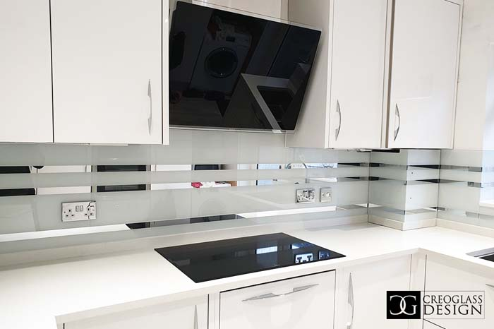 White Striped Mirror Splashback (Project 2)